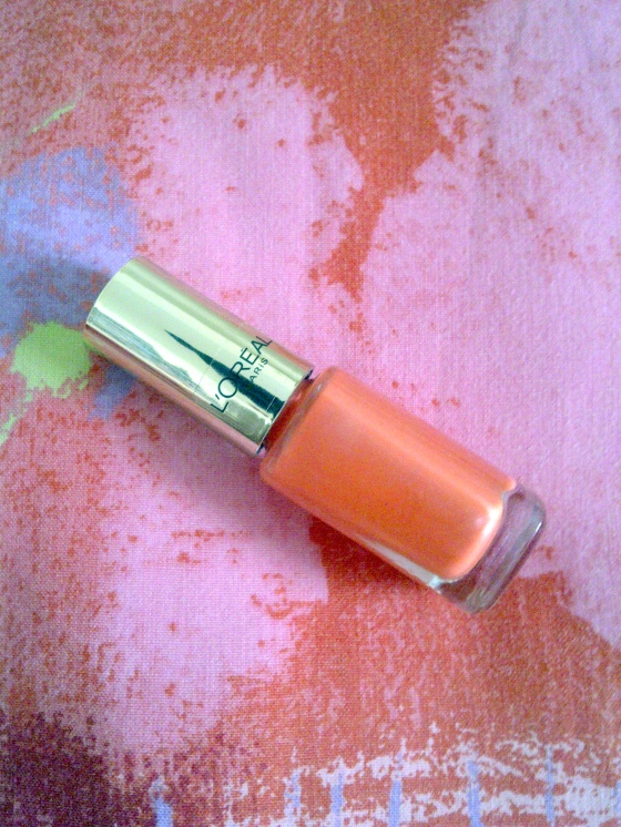Vernis Color Riche Dating Corail de L'Oréal Paris