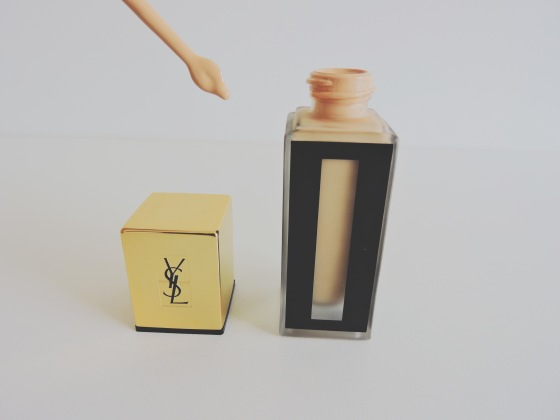 yves-saint-laurent-fon-teint